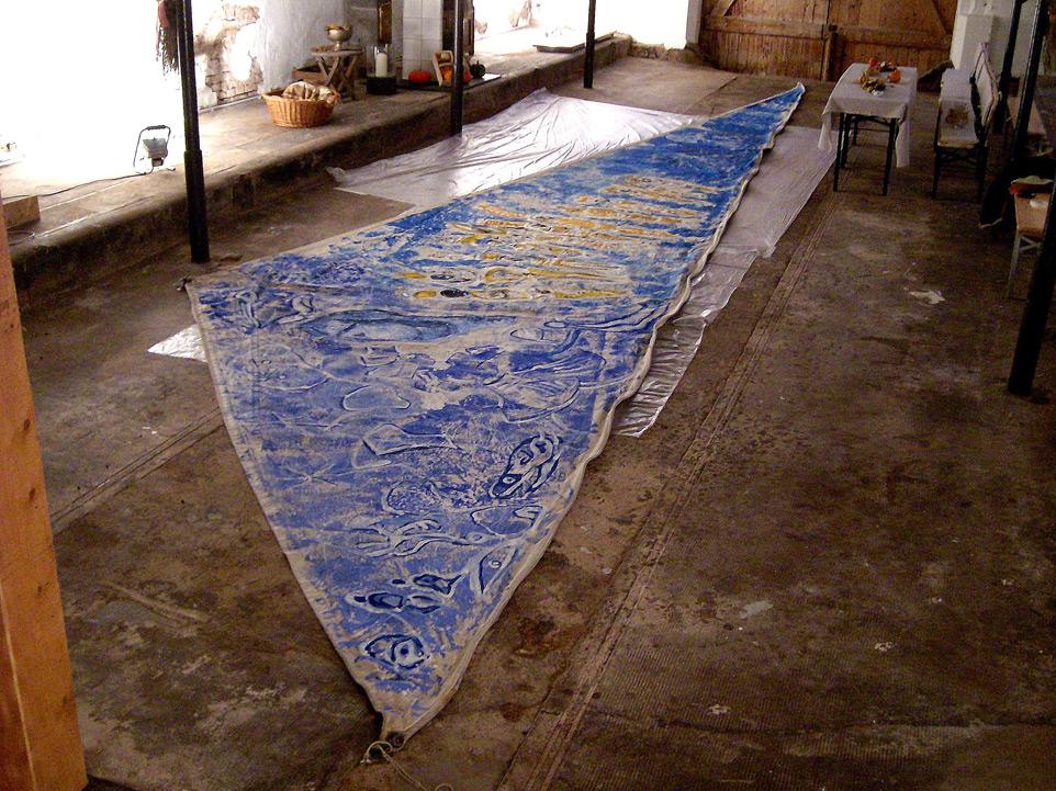 Botschaft der Steine, Acryl auf Segel, 2,65x13,50 m, 2011